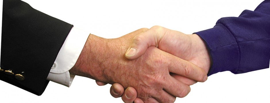 DUI lawyer and client shaking hands
